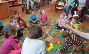2017.05.19 Przedszkolaki w bibliotece_10