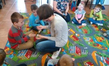 2017.05.19 Przedszkolaki w bibliotece_5