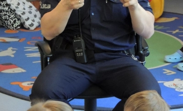 2017.05.29 Wizyta policjanta w przedszkolu_11
