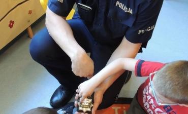 2017.05.29 Wizyta policjanta w przedszkolu_5