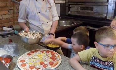 2017.06.08 Przedszkolaki w Pizzerii Dominium-warsztaty_42