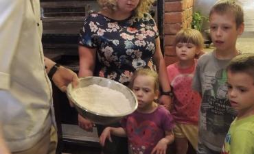 2017.06.08 Przedszkolaki w Pizzerii Dominium-warsztaty_5