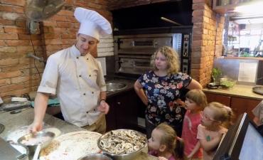 2017.06.08 Przedszkolaki w Pizzerii Dominium-warsztaty_13