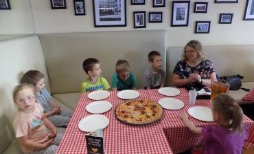 2017.06.08 Przedszkolaki w Pizzerii Dominium-warsztaty_24