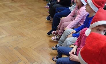 2017.12.21 Świąteczne warsztaty z rodzicami - ,,Pobawmy się razem''_12
