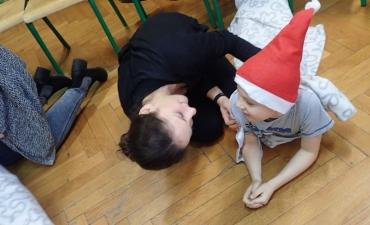 2017.12.21 Świąteczne warsztaty z rodzicami - ,,Pobawmy się razem''