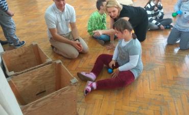 2018.12.05 Zajęcia z żonglerki oraz malowanie buziek_8