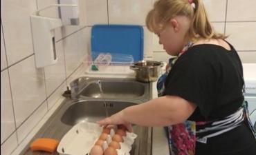 2019.10.29 Smakujemy zdrowie- Jajeczne kurczaki_5