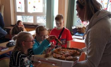 2020.02.10 Dzień Pizzy w klasach 2bP i 3cP_12