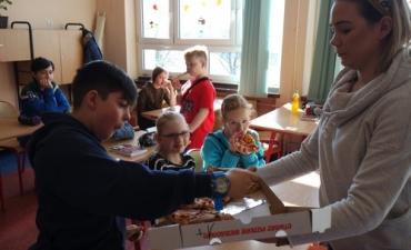2020.02.10 Dzień Pizzy w klasach 2bP i 3cP_13